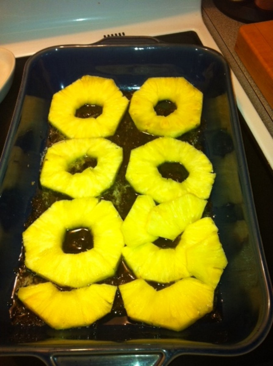 Spread out pineapple.