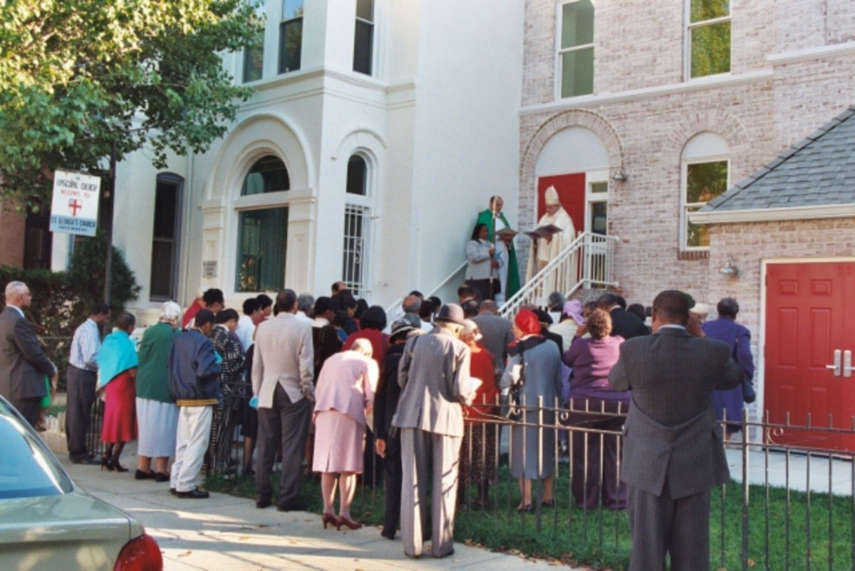 Dedication of the renovation is supported by the church's building fund.