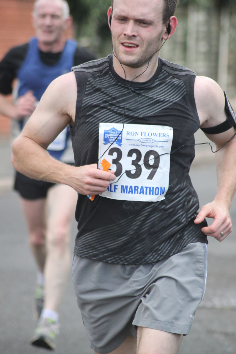 The running leg muscles in action during the 2012 Wolverhampton Marathon