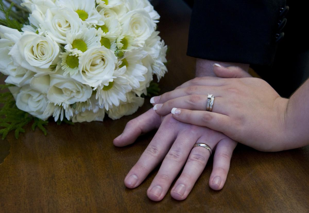 Harmless Pranks to Pull on Honeymooners