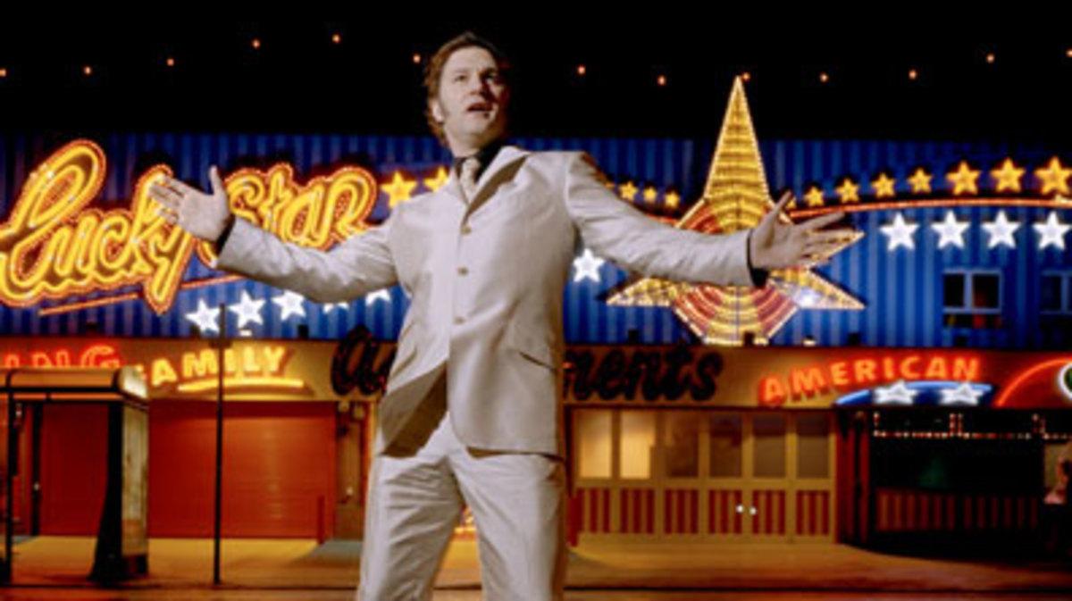 David Morrissey sings in his amusement kiosk