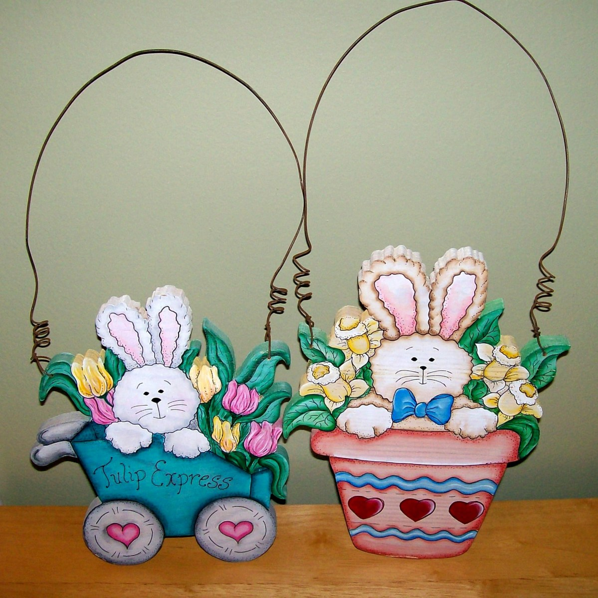 More adorable Easter decorations painted by Patty Sypek