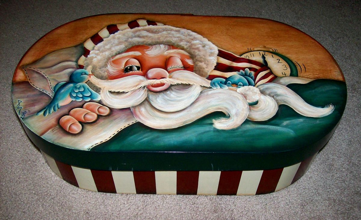 Holiday storage box painted by Patty Sypek/design by Janet Moreland
