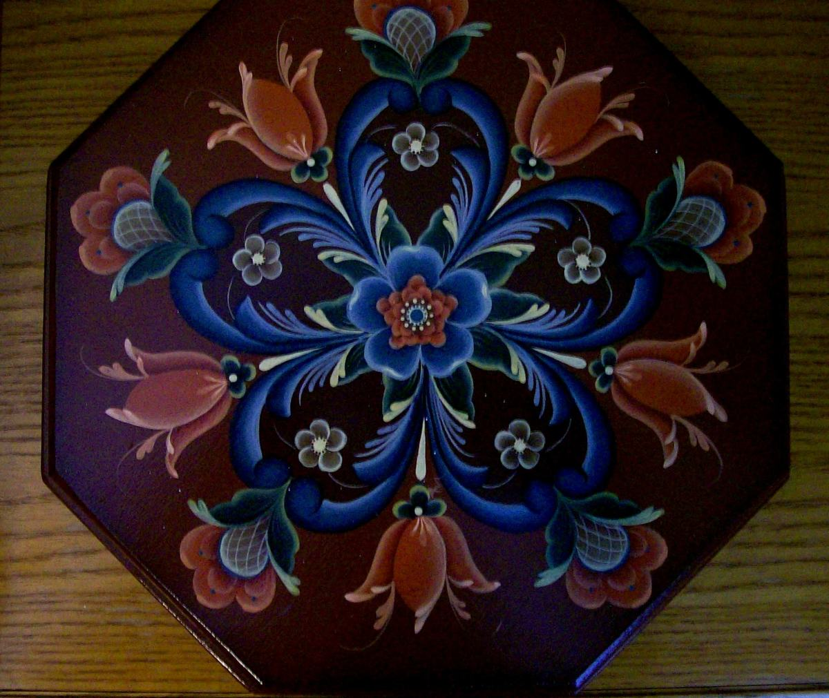 "This box was painted by Patty Sypek and shows a more ""traditional"" folk-art type pattern/design by Helen Jeglic"