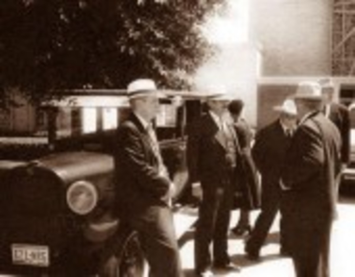 Tommy Carroll with first two hostages at Security National Bank