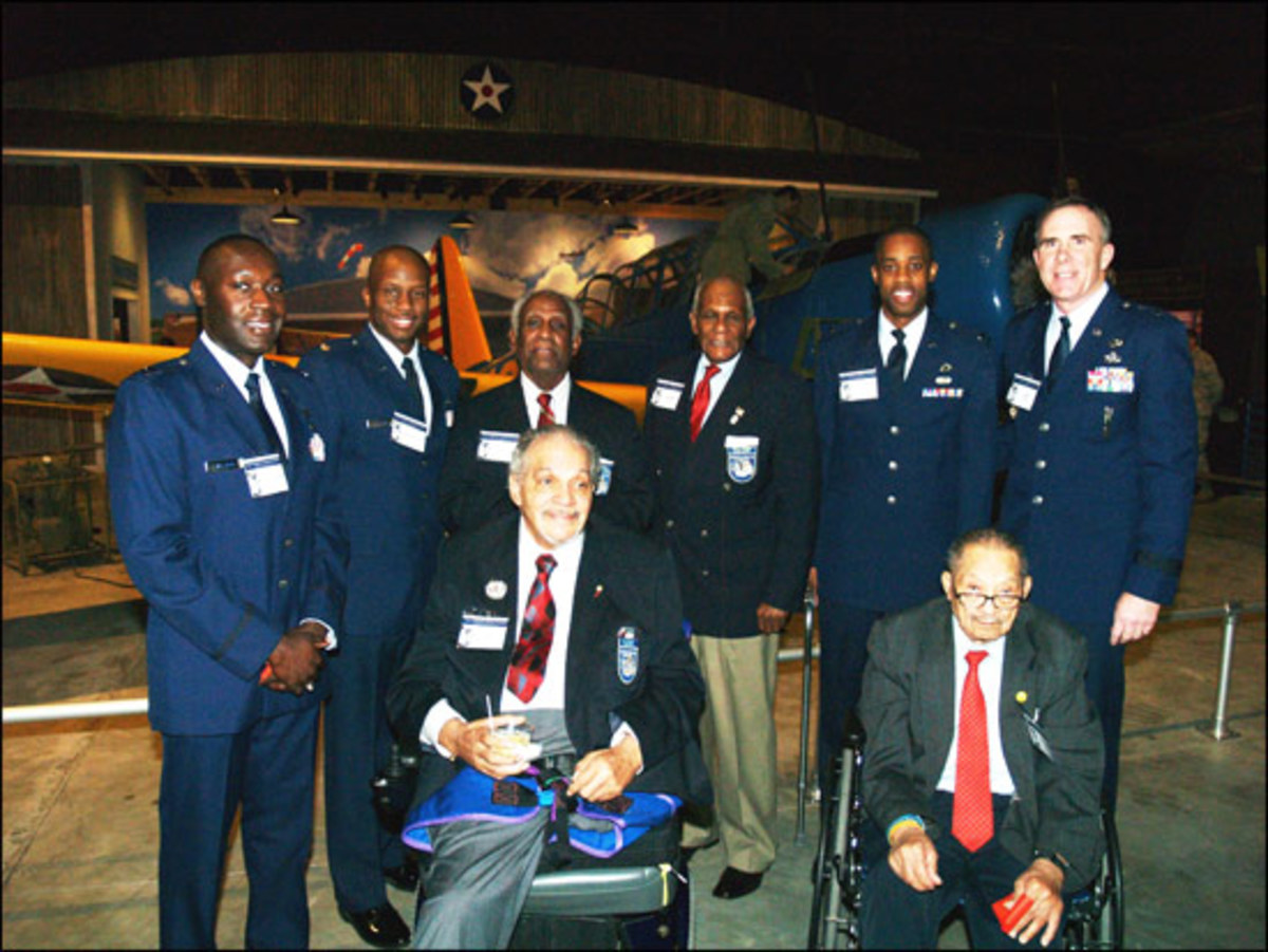 Tuskegee airmen at the 2011 exhibit dedication