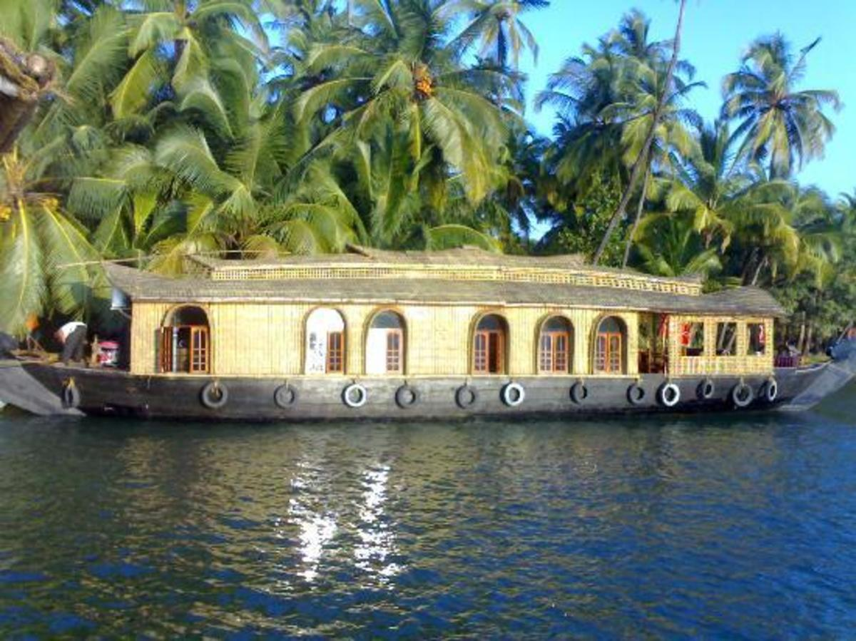 Valiyaparambu backwaters