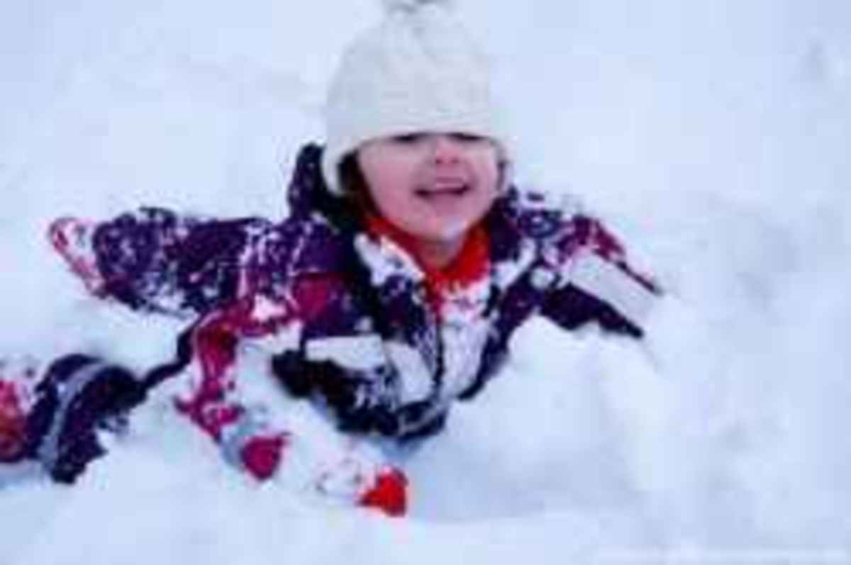 Little Child in Snow