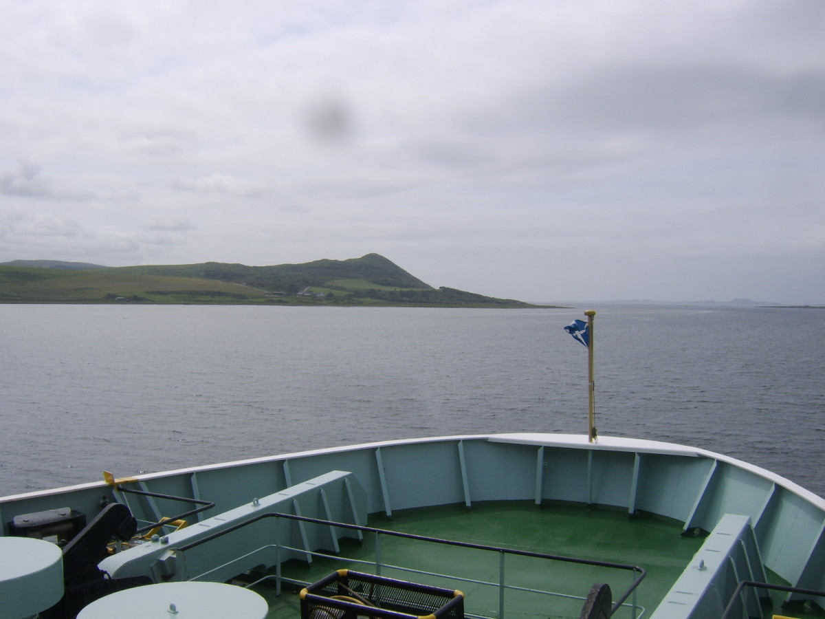 Approaching the mouth of the West Loch and the Sound of Jura