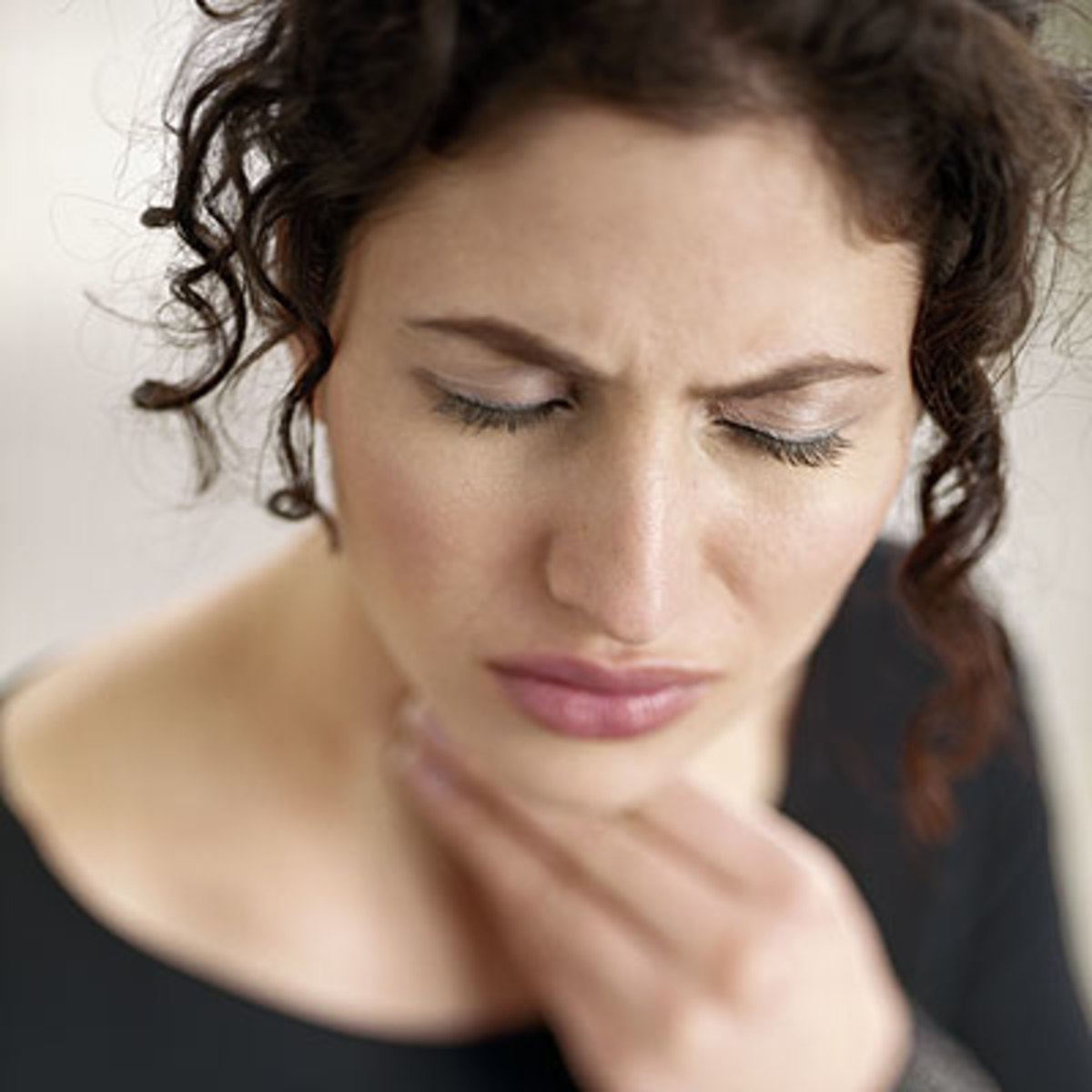 how-to-cure-a-sore-throat-quick-and-simple-home-remedies-and-treatment
