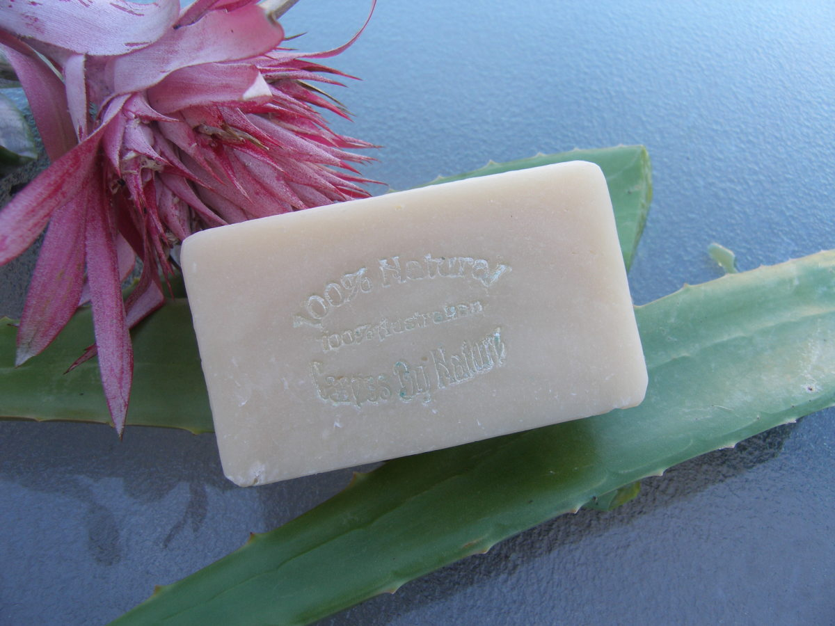Shampoo Bar Tutorial - Fresh Aloe Vera & Apple Cider Vinegar