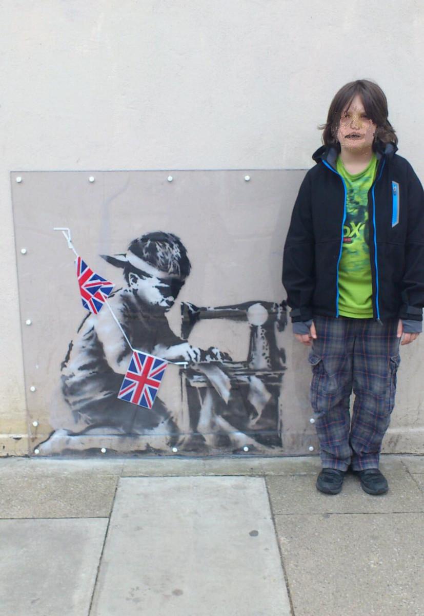 Banksy Graffiti - Girl Frisking Soldier - Wall Vinyl Decal