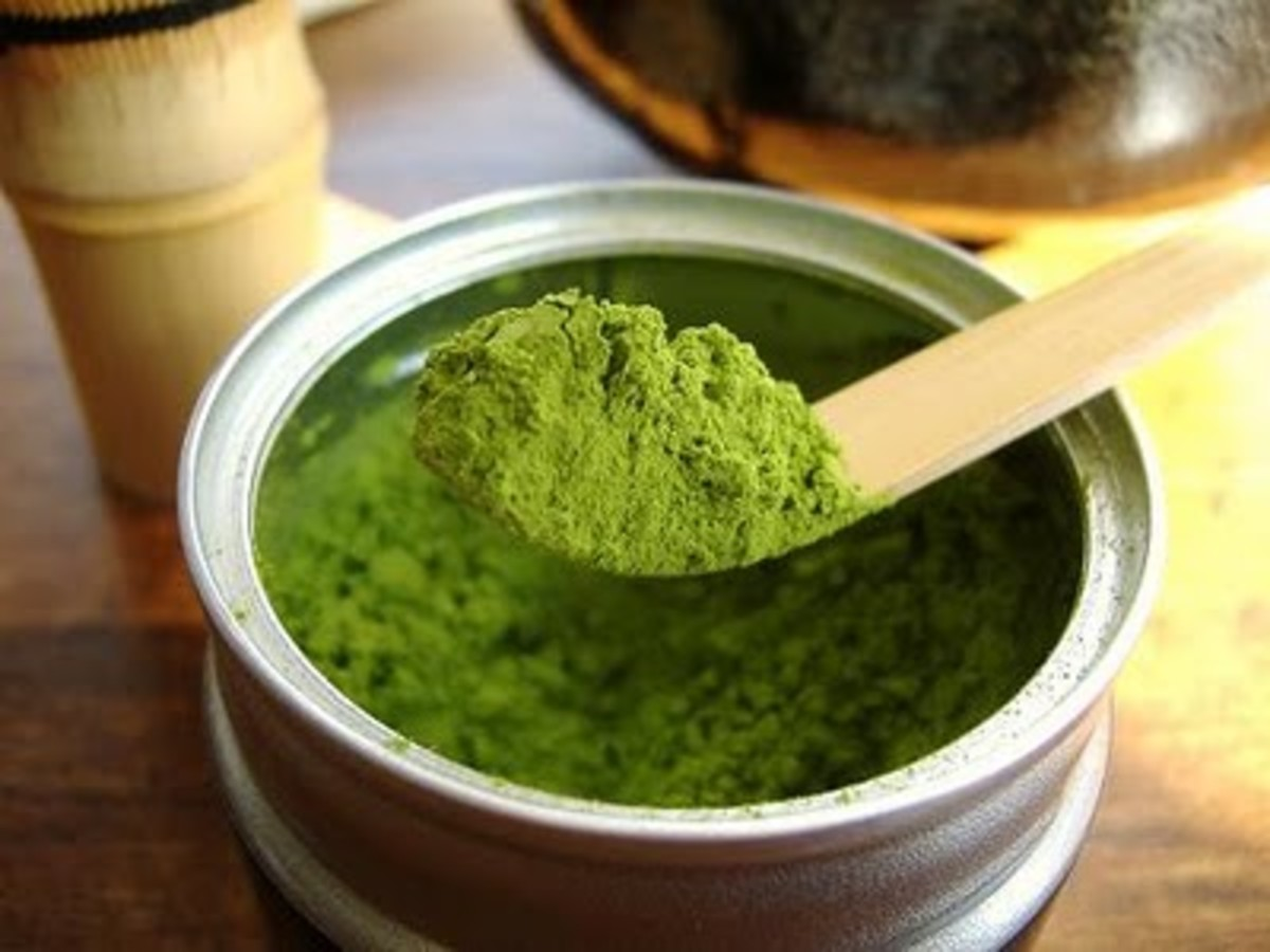 Ground gyokuro, matcha powder.