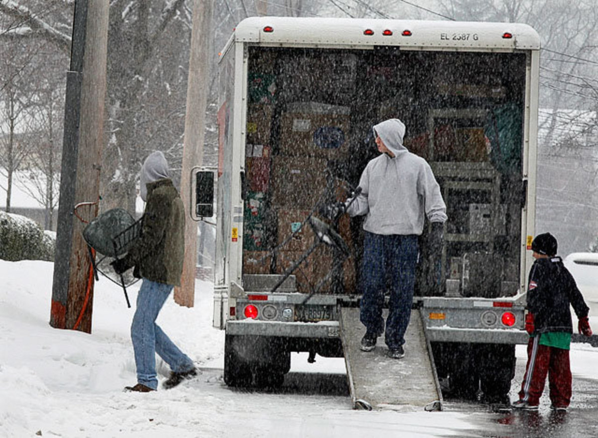 Professional Movers Can Move You In The Winter With No Worries