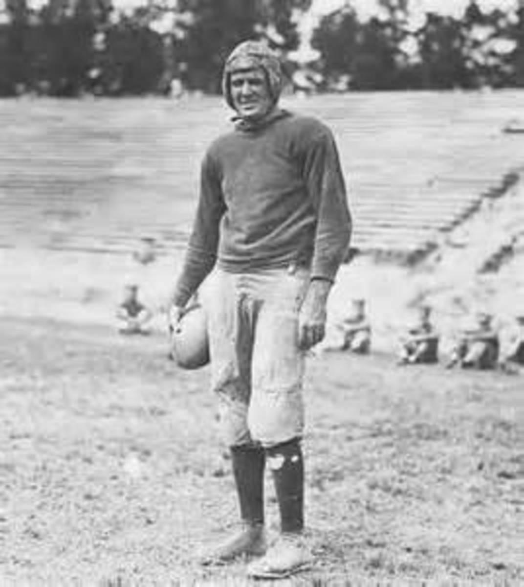 Frank B. Goettge, football fullback