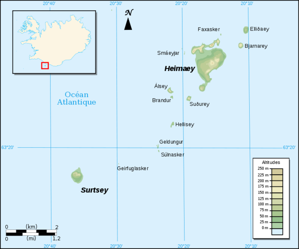 Map of the archipelago of Vestmannaeyjar, with Heimaey clearly labeled in the north.