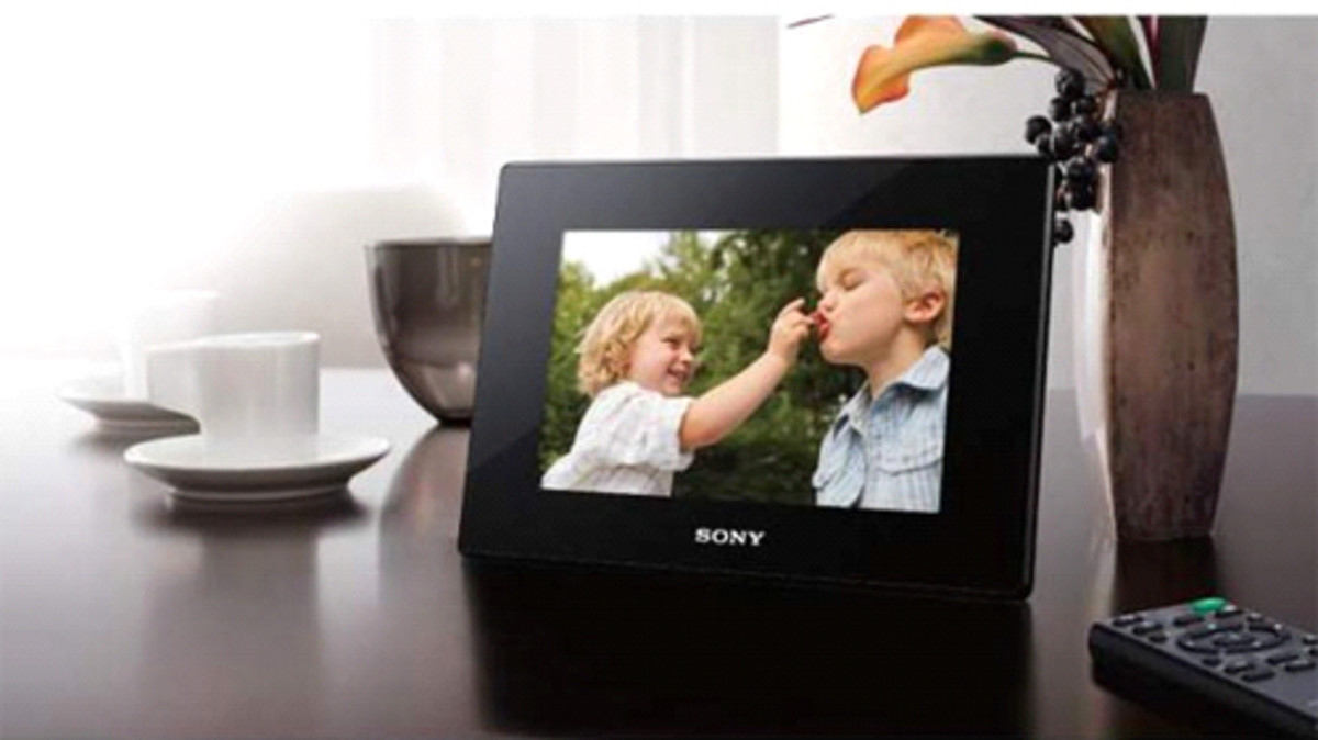 Digital Photo Frame Buying Guide : 5 Factors to Consider