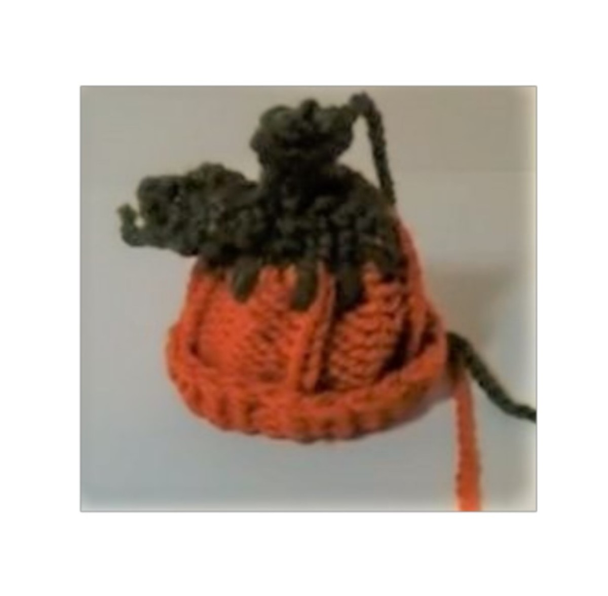 Knifty Knitter pumpkin hat pattern from the video tutorial below