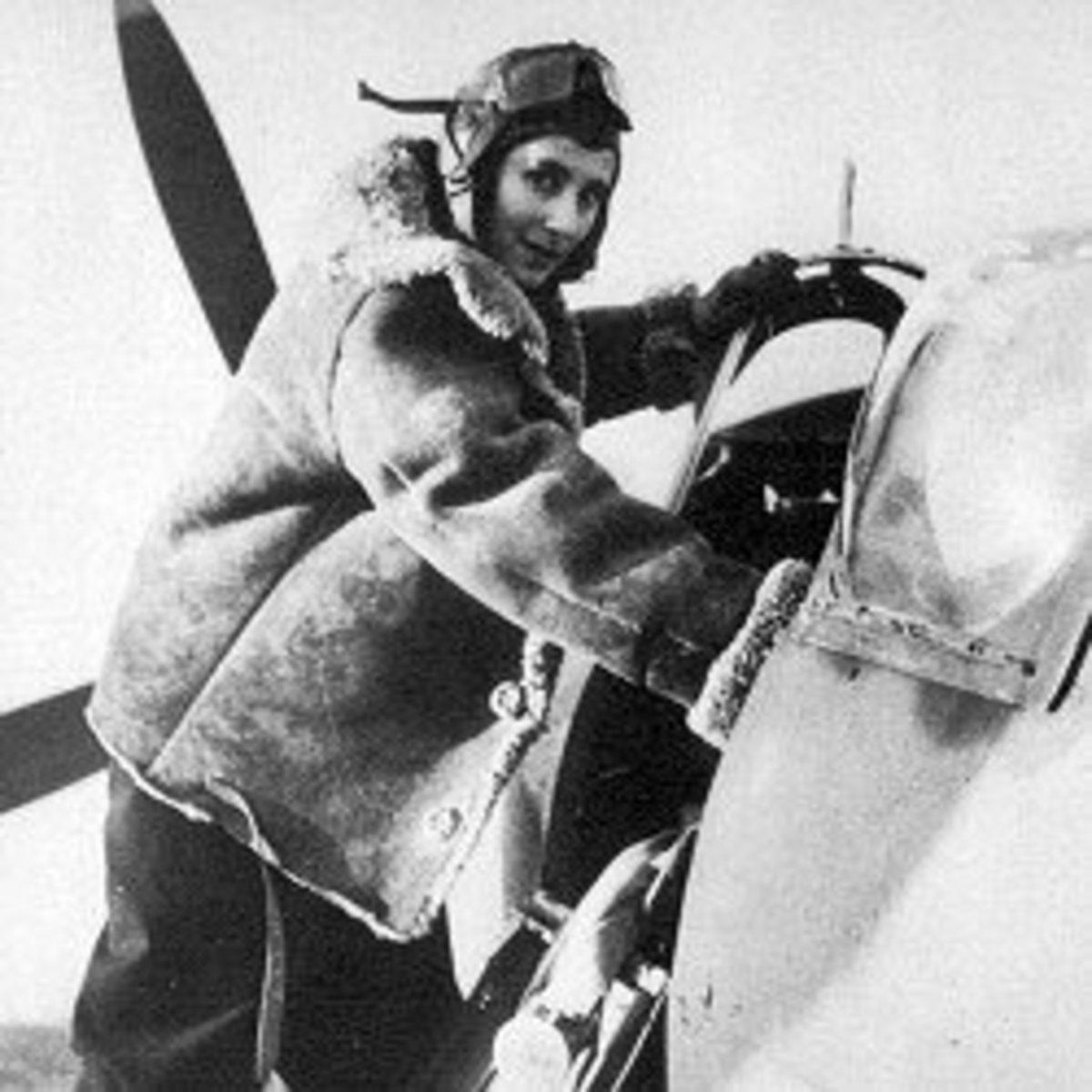 Diana Barnato Walker ferrying a Spitfire