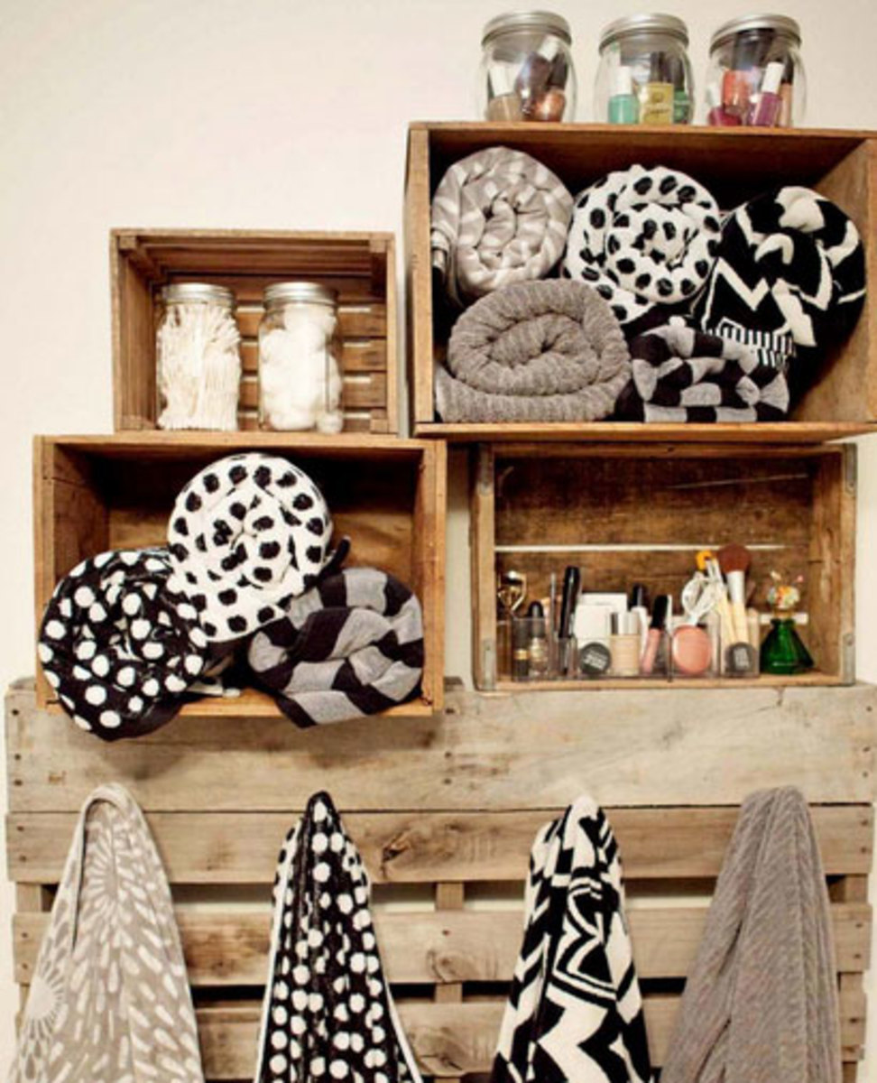 Pallet Shelving | Click Pic for 42 DIY Bathroom Organization Ideas