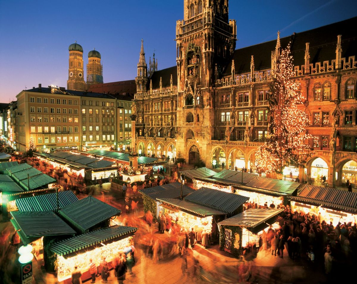 Munich's Marenplatz with Cristkindelmarkt at Christmas time.
