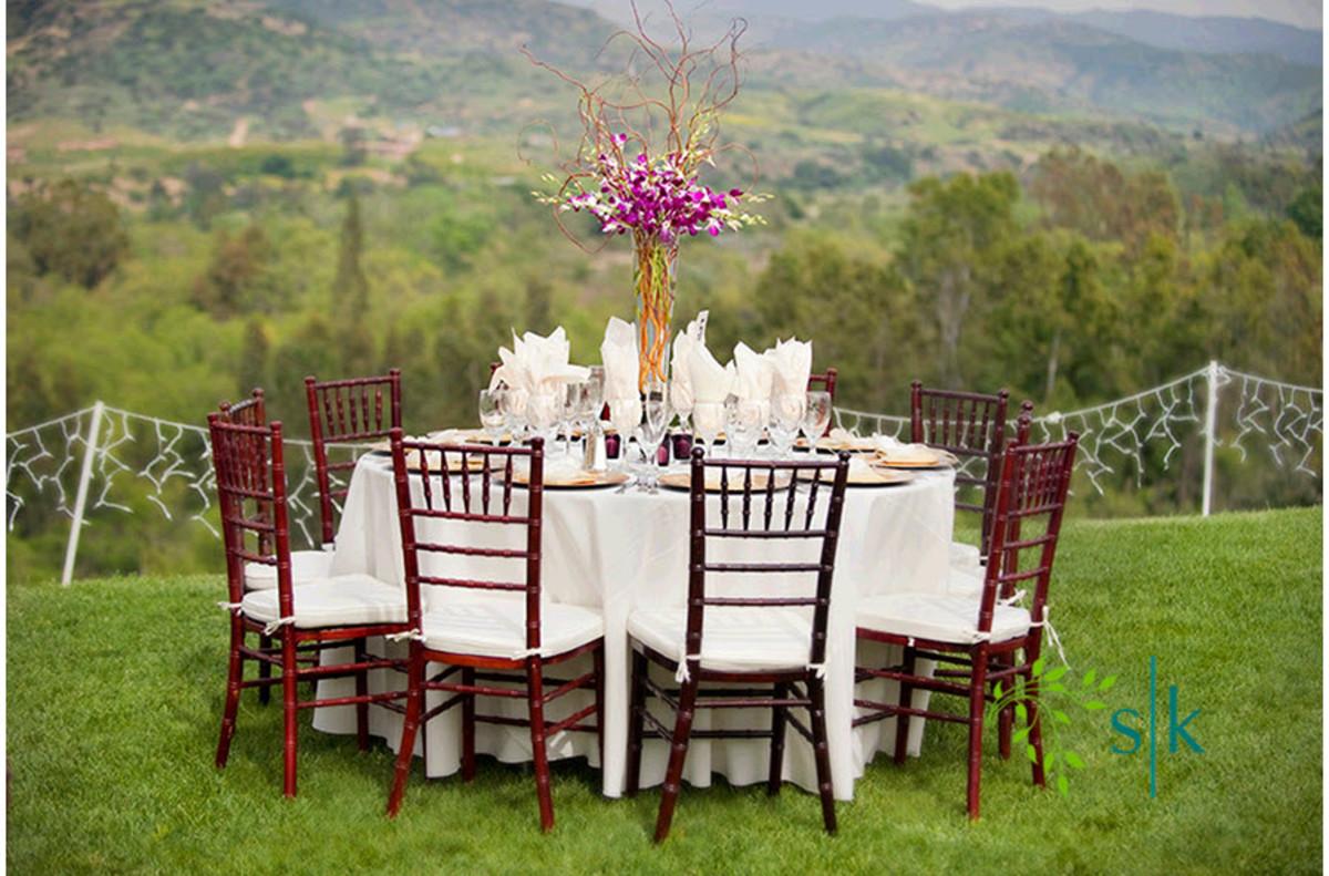 Simple table decoration with flower arrangement