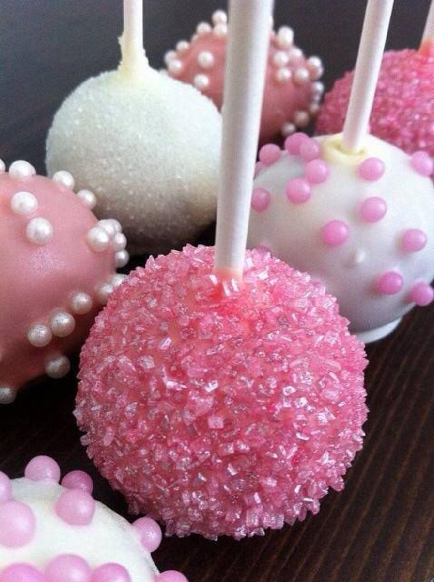 Pink cake pops.