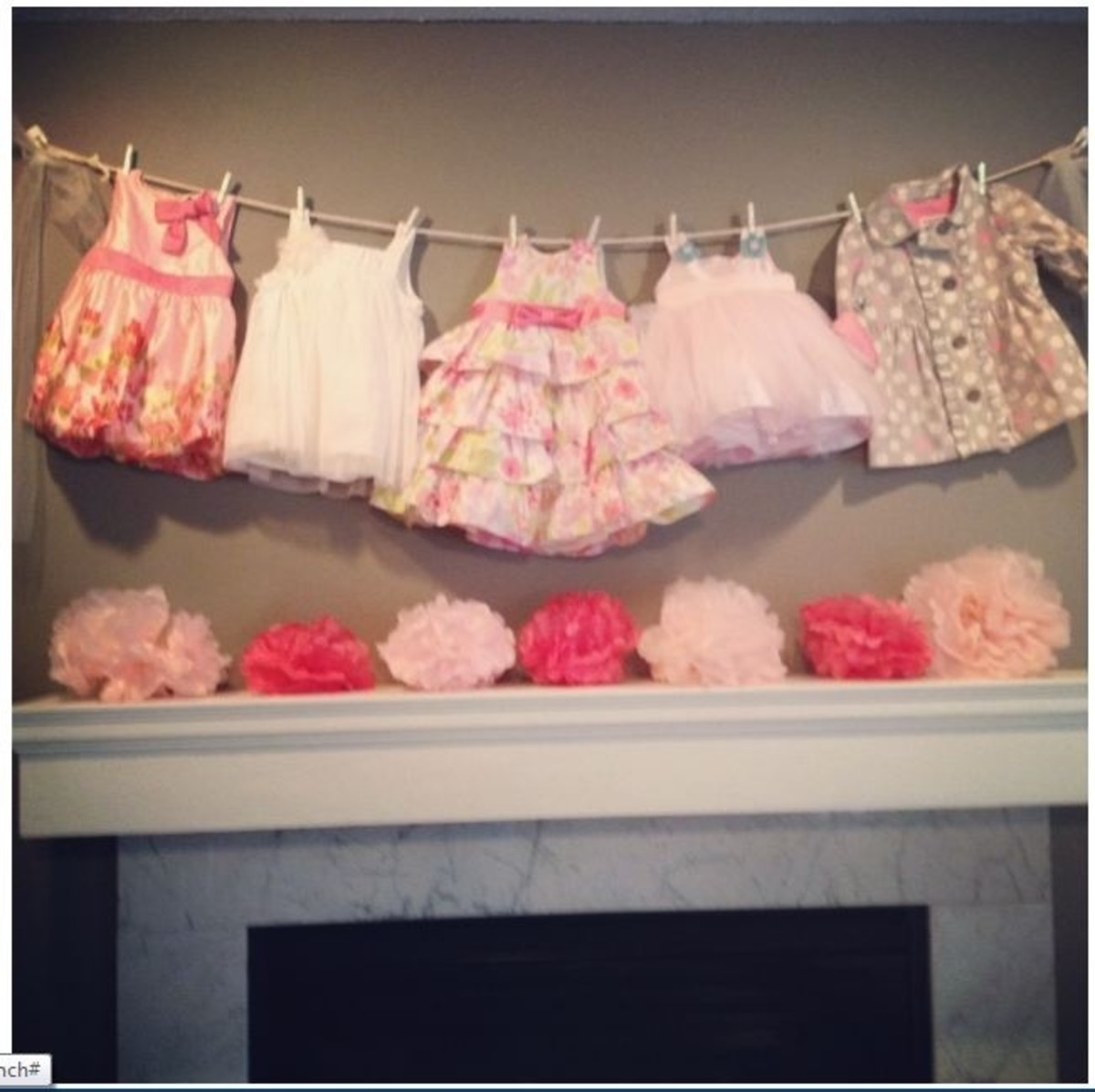 Diy baby shower ideas for girls hubpages for Baby clothesline decoration baby shower