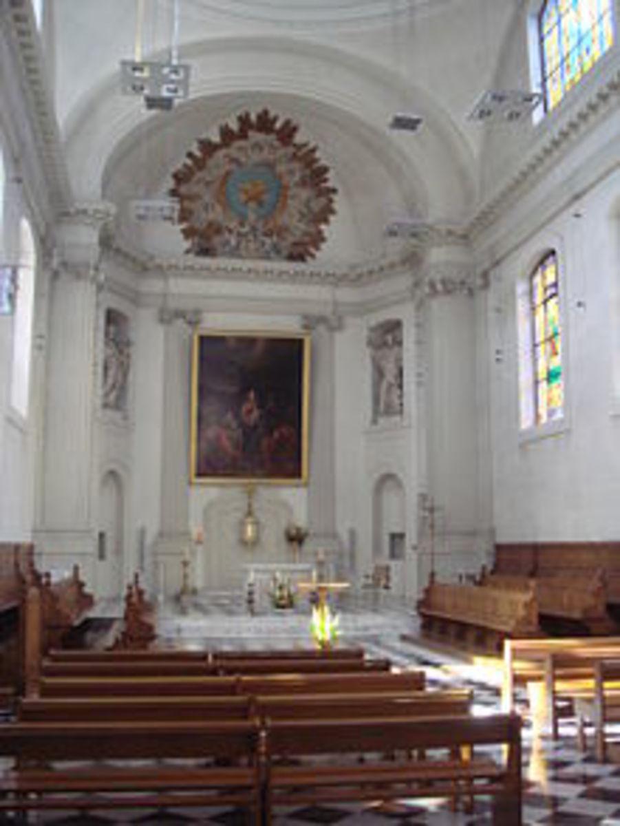The Shrine of St. Anne, Bukit Mertajam, bears similar structure as this Chapel.