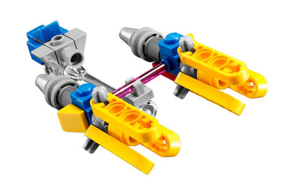 LEGO Star Wars Anakin's Pod Racer 30057 Assembled