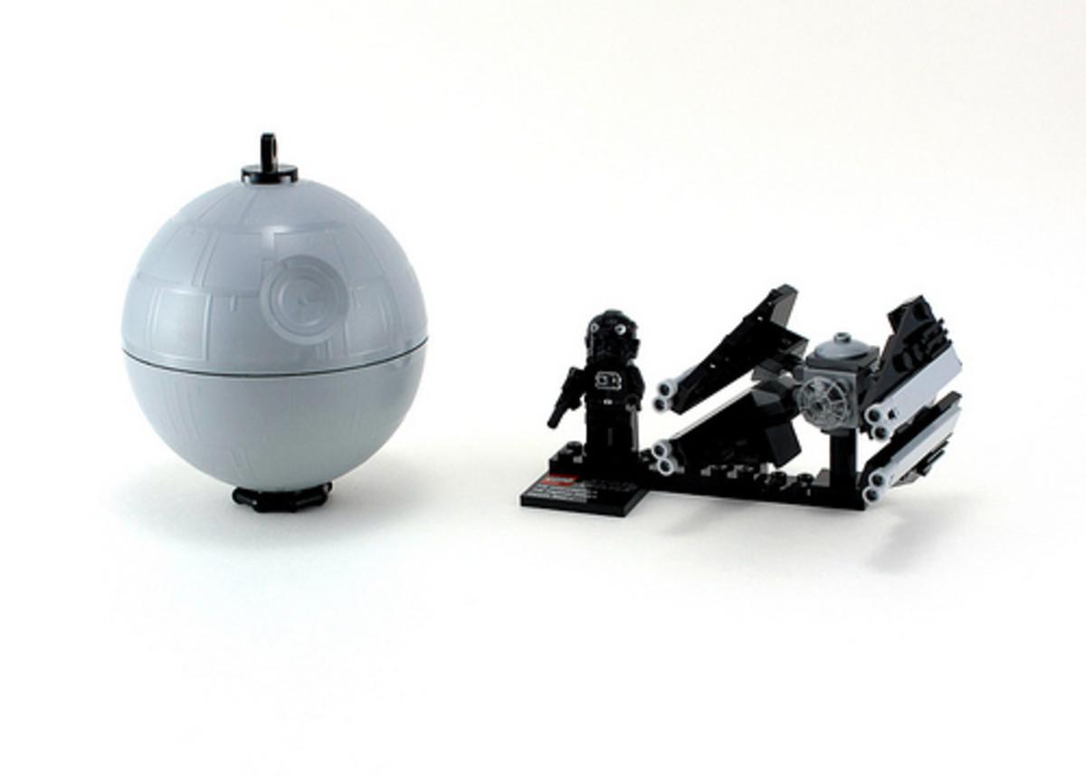 LEGO Star Wars TIE Interceptor & Death Star 9676 Assembled
