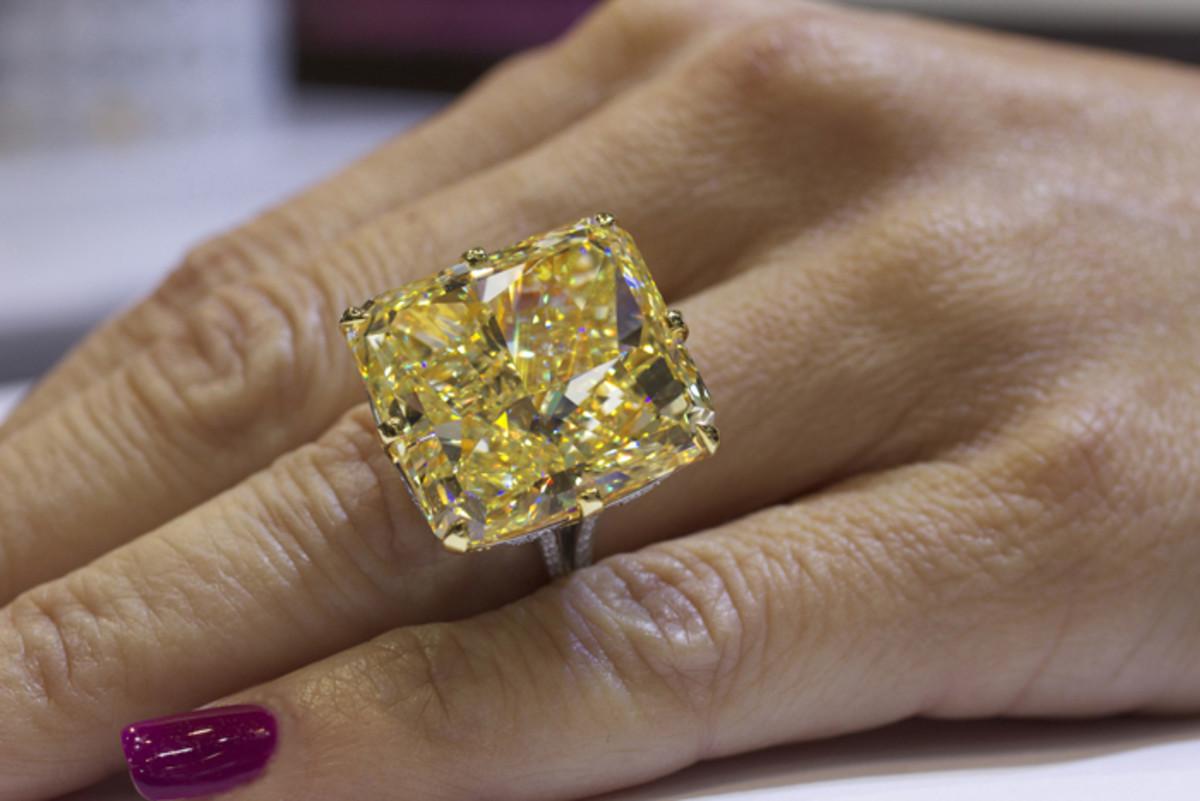 40.23-carat fancy yellow diamond ring set in 18k yellow gold and platinum - priceless...