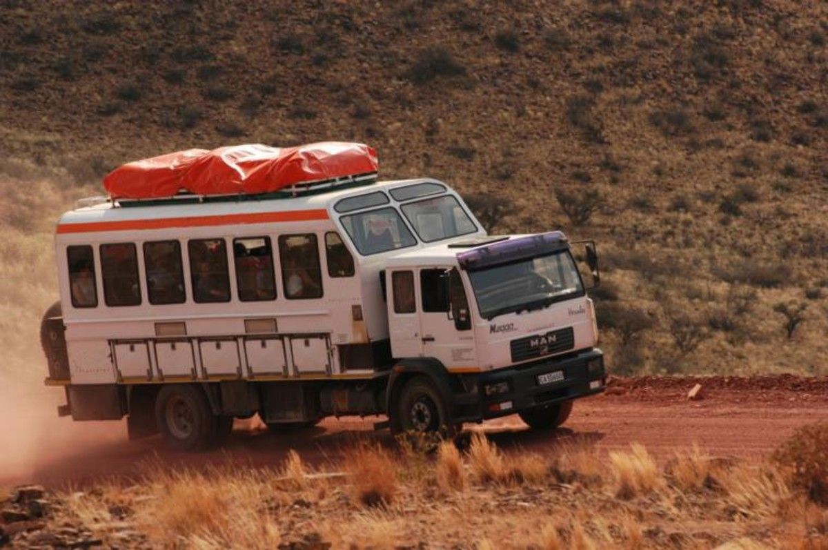 Budget safaris use the so called Overlander. Overlanders are the main cause of wash boards.