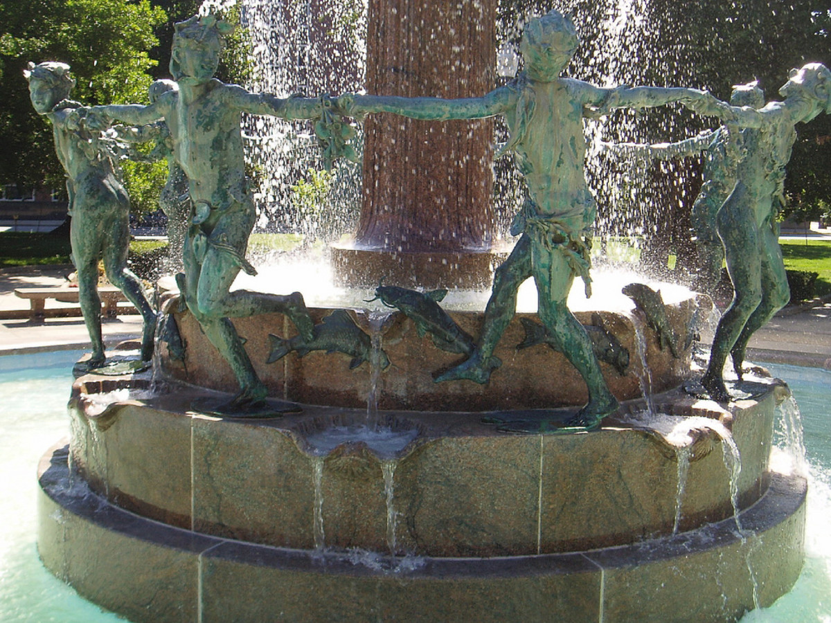 Close up of Depew Fountain in University Park.
