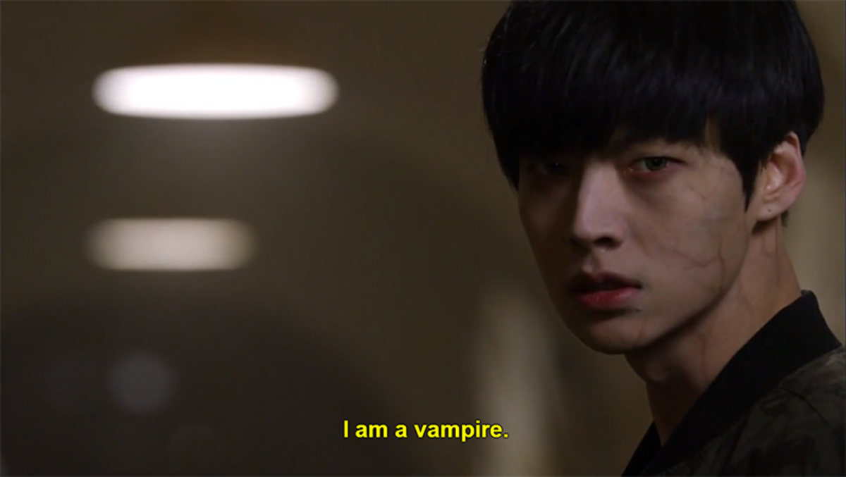 "Screenshot from Korean drama ""Blood"""