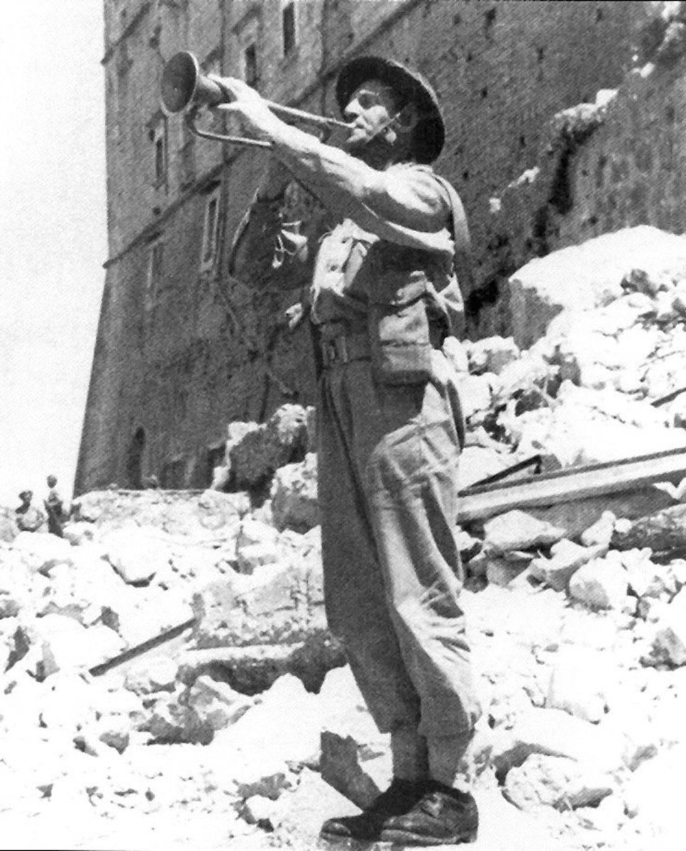 """Last post"" for the fallen. Master Corporal Emil Czech of the Polish II Corps plays the 'Heynal Mariacki' in the ruins of Monte Cassino abbey"