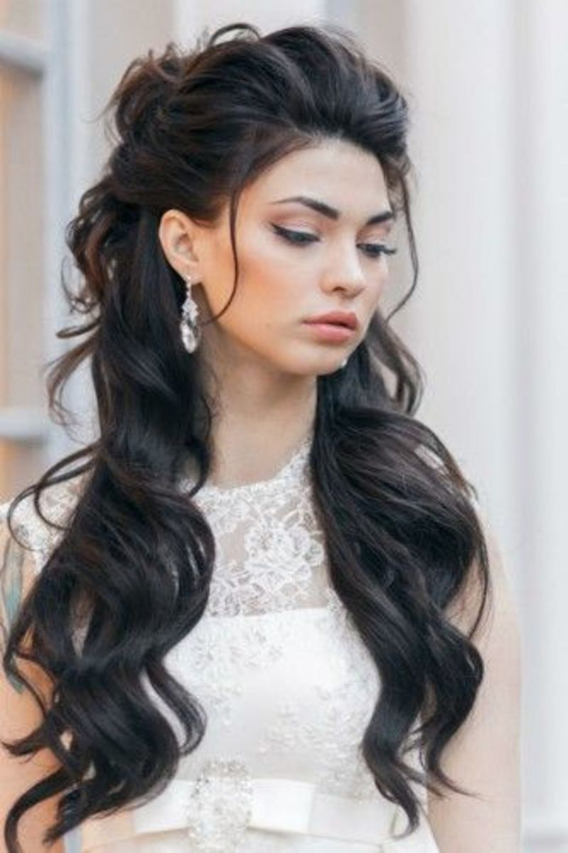 simple loose hairdo for party