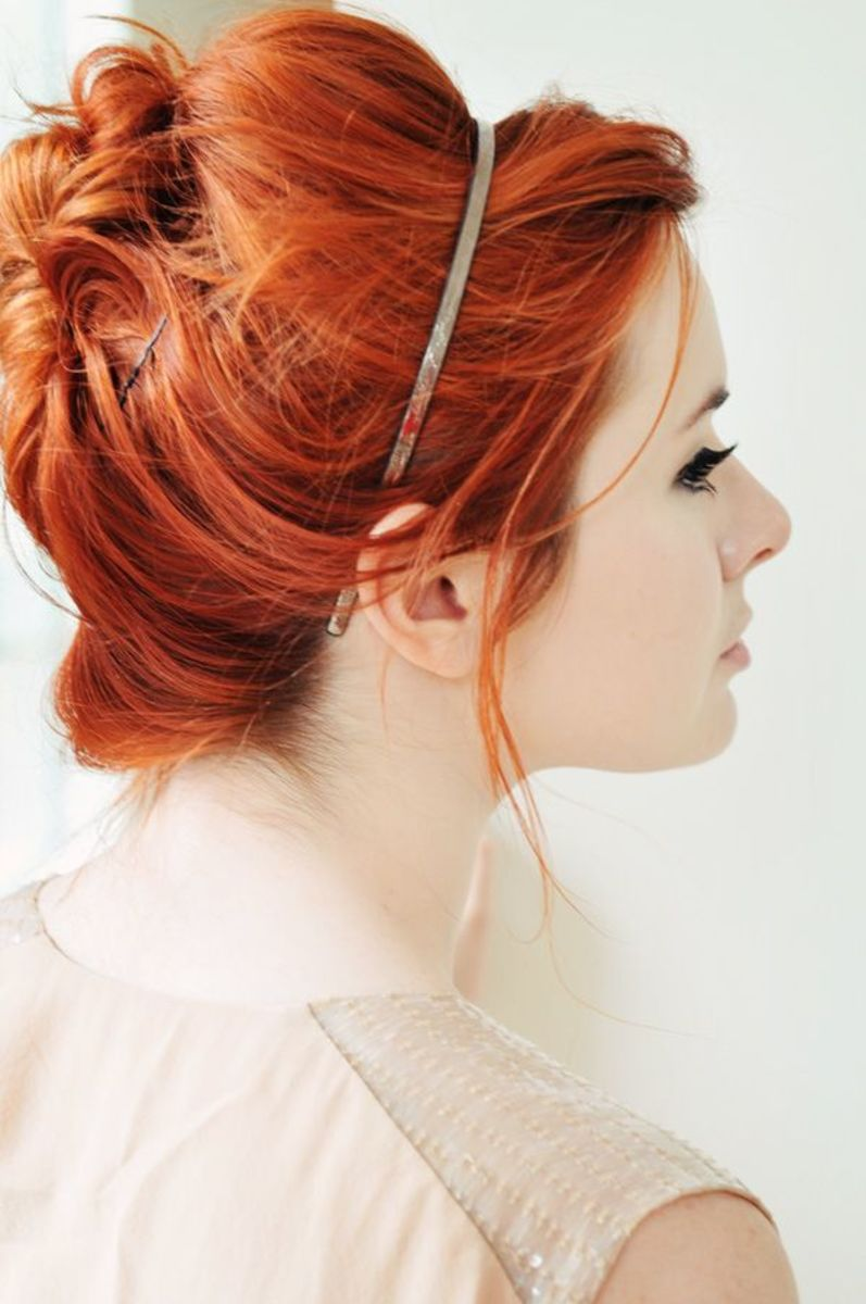 red hair bridal look with cute hair band as accessory