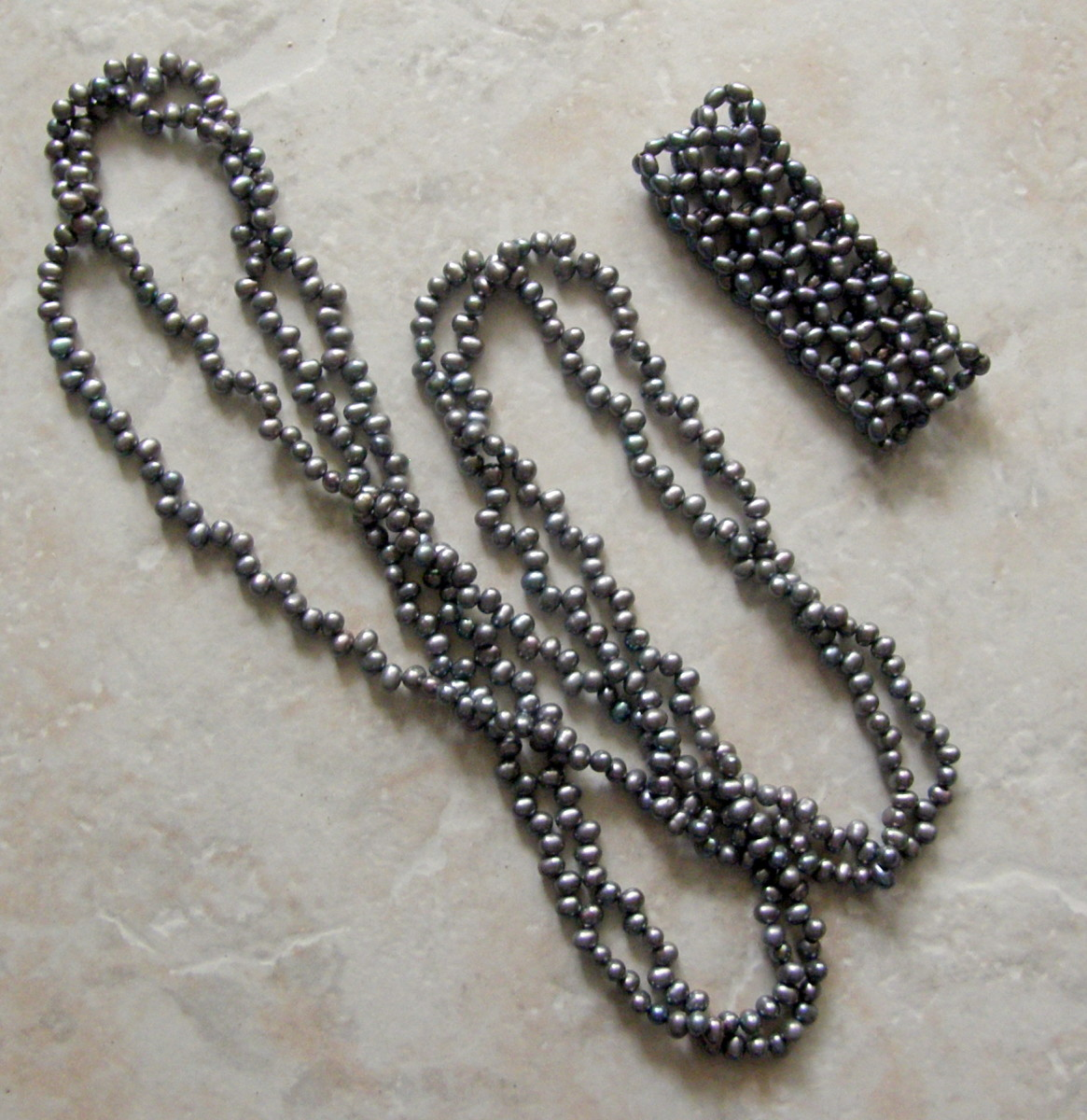 Black seed pearl necklace and bracelet