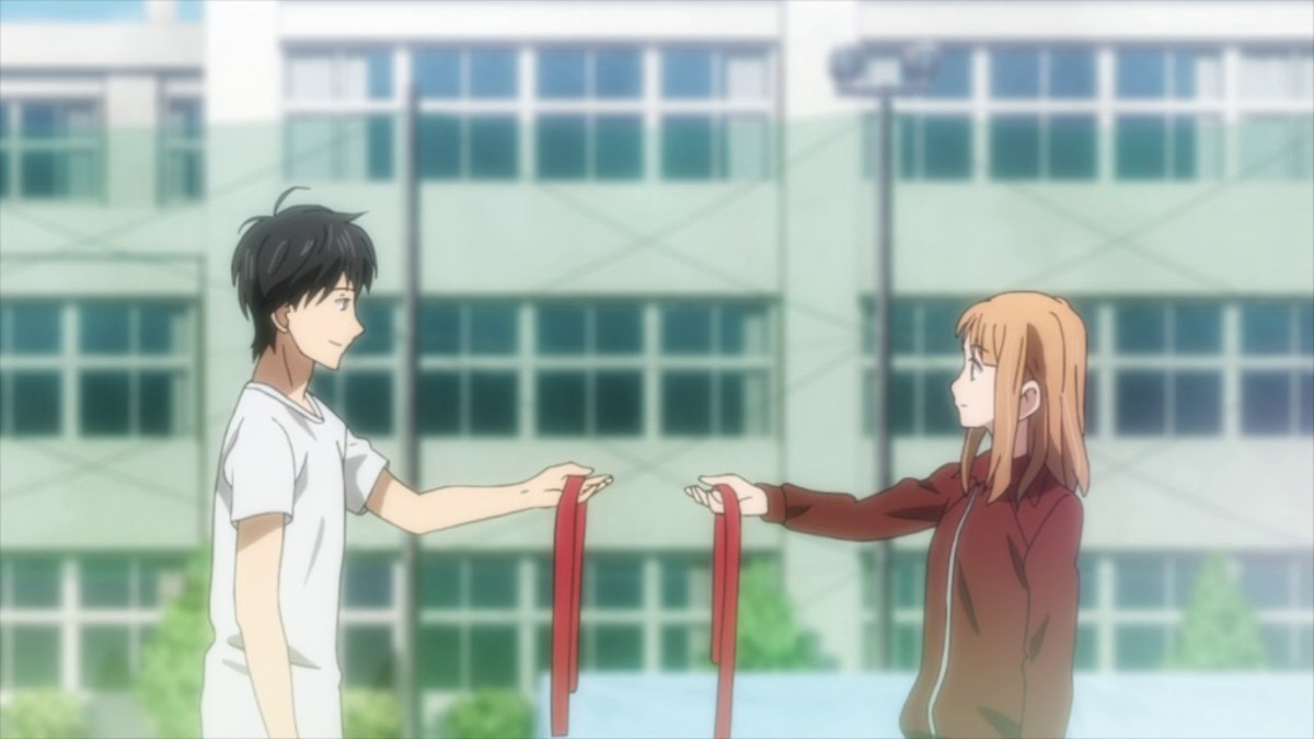Kakeru and Naho exchanging headbands.