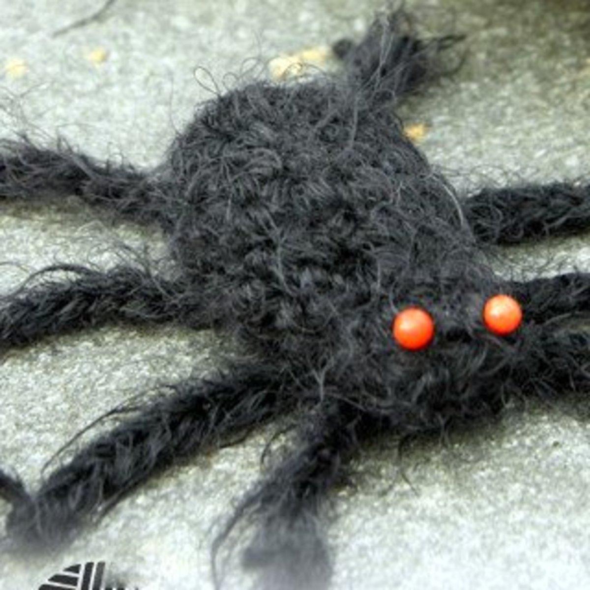 free-halloween-spider-crochet-patterns