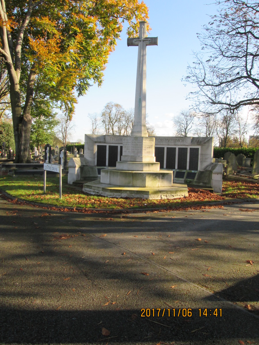 The main War Memorial with name panels is further on, past the chapel and crematorium on the way to the Whitta Road gate