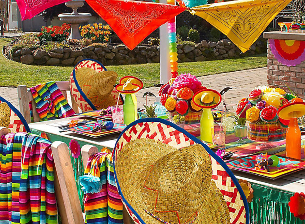 Mexican Fiesta Table Setting