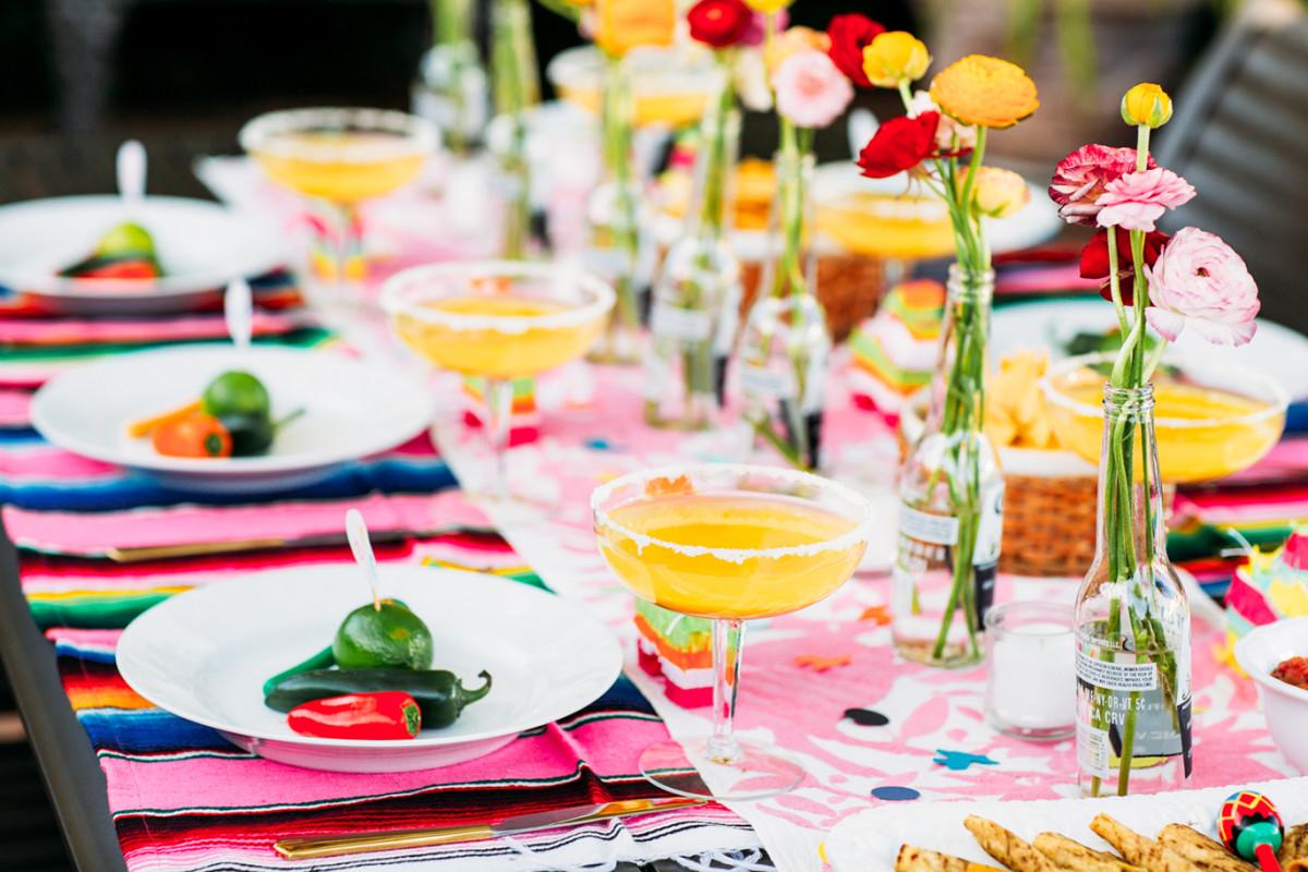 Cinco de Mayo Party Table Setting