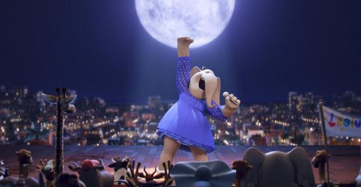 Meena the elephant in Sing the movie