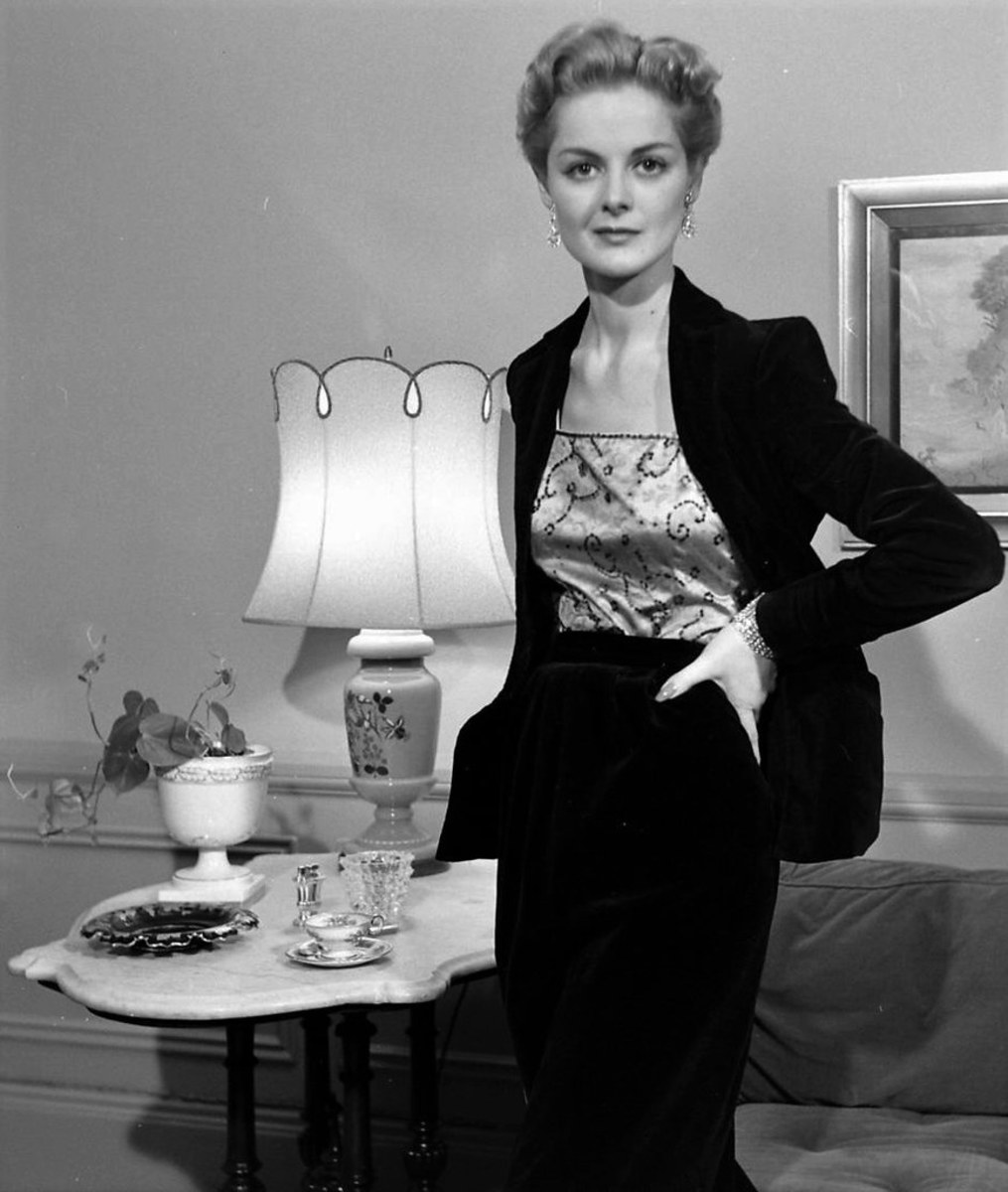 1952 Navy Blazer and Skirt.