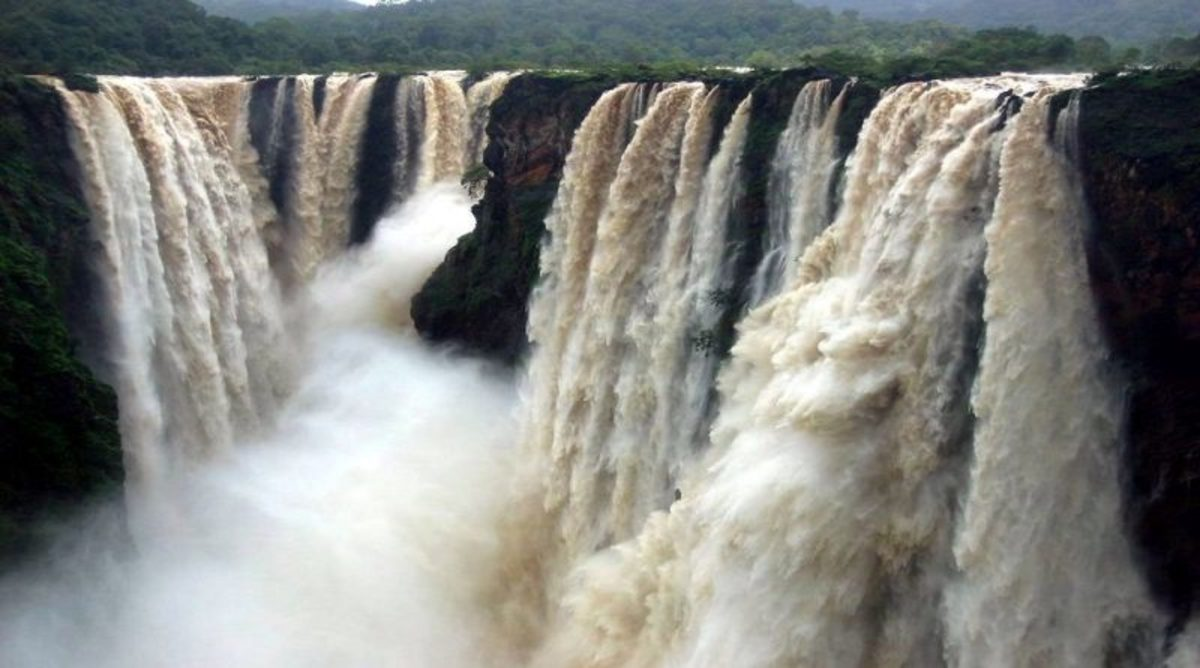 Top 10 Most Beautiful Waterfalls in India