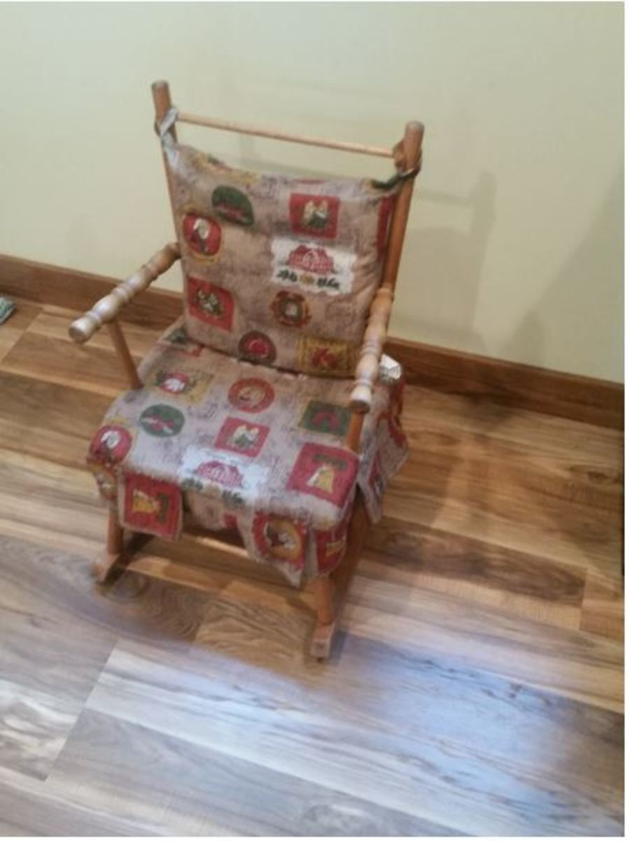 Child's Chair Re-Upholstery - Diy - off With the Old on With the New