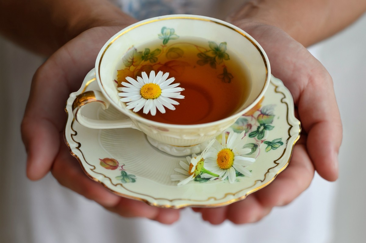 Chamomile tea benefits our overall health, too. It boosts our immune system and works wonders for our digestion.
