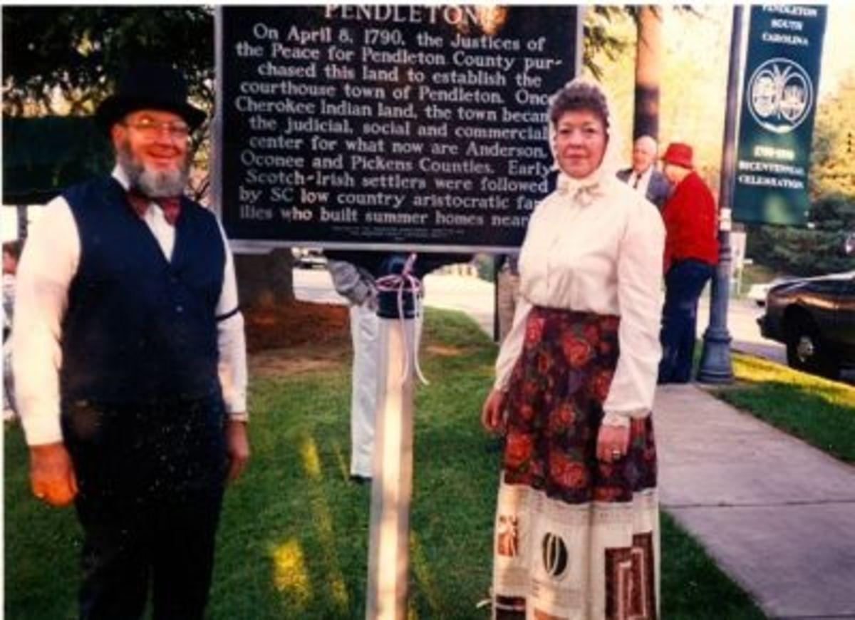 Pendleton's Bicentinial Celebration 1990      The Quattlebaums